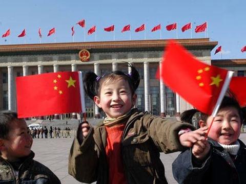 龙永图 司马南等名人:中国梦需要每一个人的力量