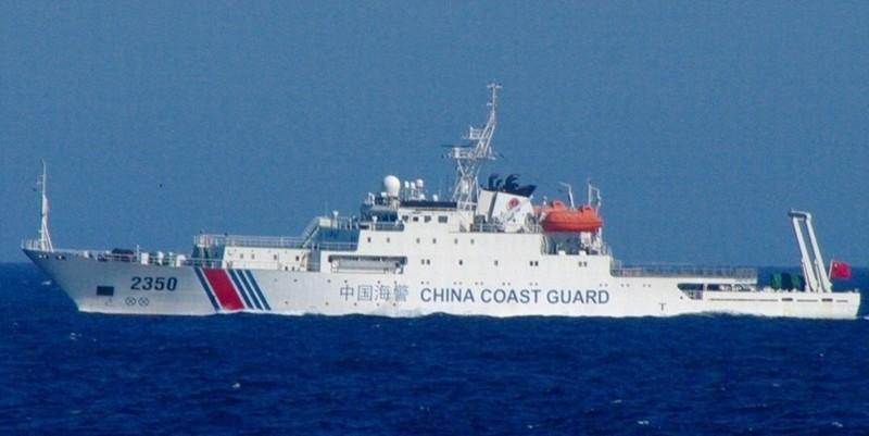 我海警船第一次现身钓鱼岛海域