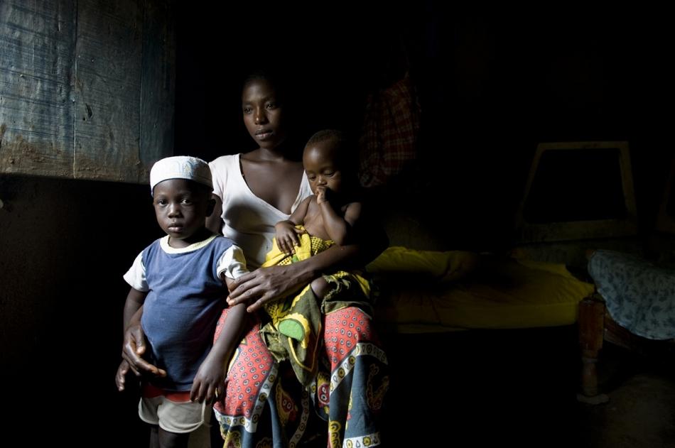 坦桑尼亚未成年少女妈妈纪实 博览