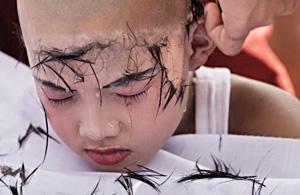 纪实摄影:泰国僧侣的剃度