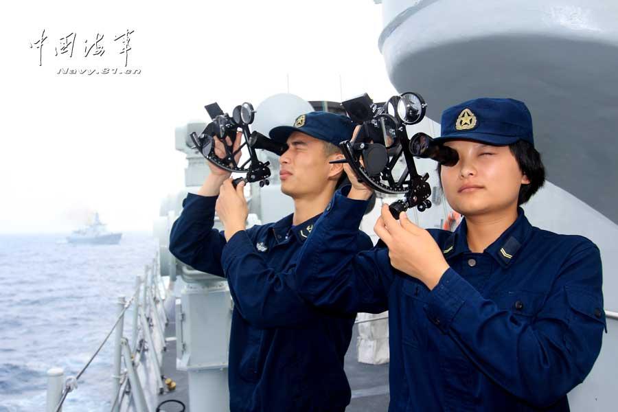 中国海军亮剑南海武器开火猛攻