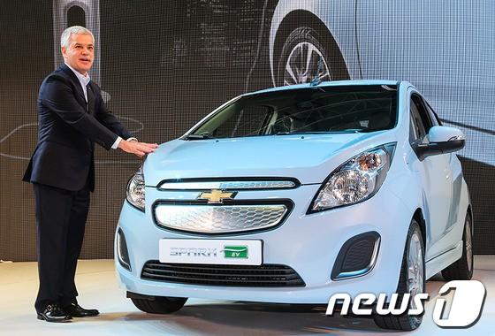 韩国通用雪佛兰乐驰电动车10月上市高清图片