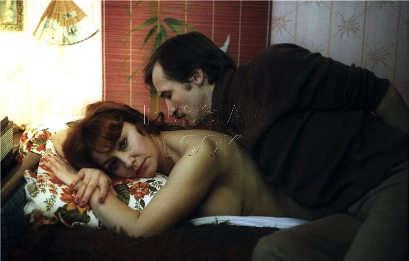 Россия  эротические фильмы смотреть онлайн эротика фильмы