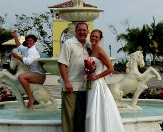 婚礼照上的讨厌抢镜鬼