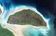 从太空拍摄地球上的美丽岛屿