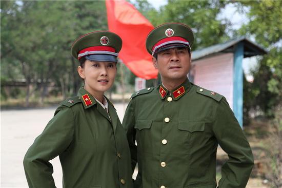 刘丛丹杨开慧剧照