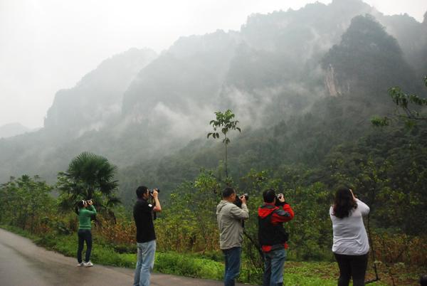 首届中国旅游重点网络媒体四川行—走进南江光雾山