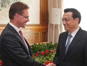 """李克强积极评价芬兰总理""""中国机遇论"""""""