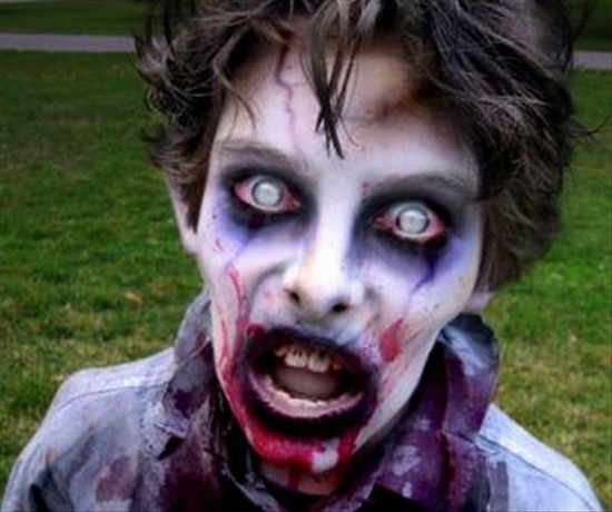 - Maquillage zombie simple ...