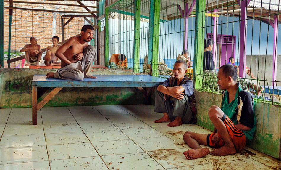 被监禁的印度尼西亚精神疾病患者
