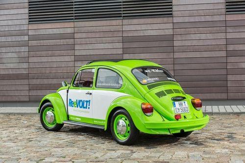 德国民间改装 甲壳虫老爷车变身电动版高清图片