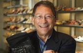 晚装鞋设计大师:斯图尔特·韦茨曼