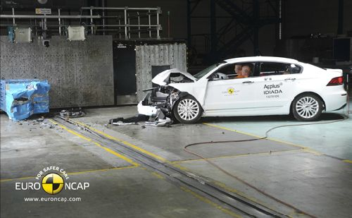 中国汽车欧洲碰撞测试首获五颗星高清图片