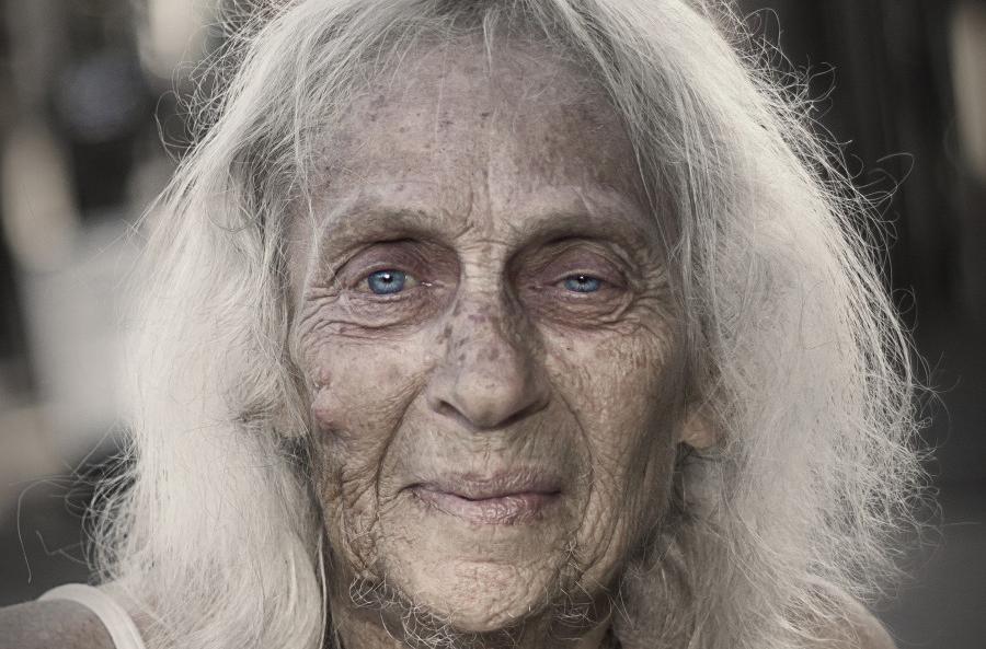 人像摄影:流浪老人