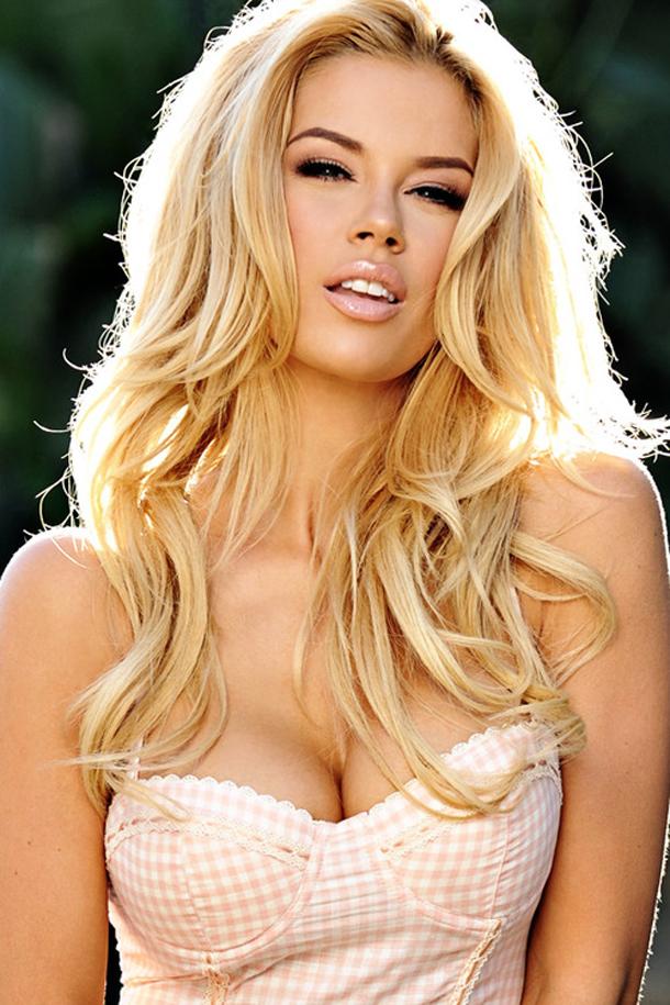 Фото прекрасной блондинки 12 фотография