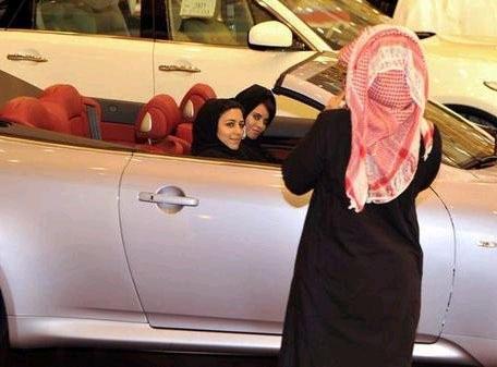 沙特坚持严禁女人开车违者处以严厉鞭刑(图)