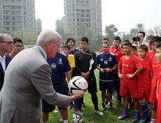 http://sports.huanqiu.com/soccer/gn/2013-10/4455230_6.html