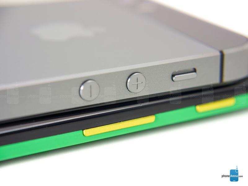 苹果/苹果iPhone 5s对比摩托罗拉MOTO X图赏(10/15)