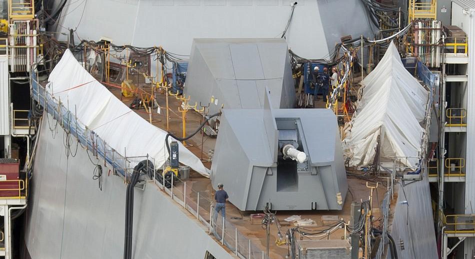 美耗资70亿美元建造DDG-10001.5万吨驱逐舰涂好漆等待下水【组图】 - 春华秋实 - 开心快乐每一天--春华秋实