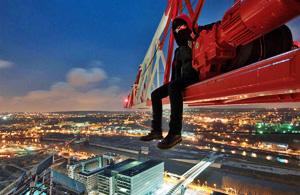 城市风光:摄影女的密境探寻日记
