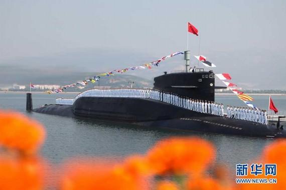 我核潜艇亮相警告挑衅国家:敢先动手想想后果