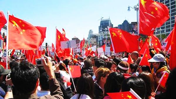 社评:中国社会莫为日本民族主义伴舞