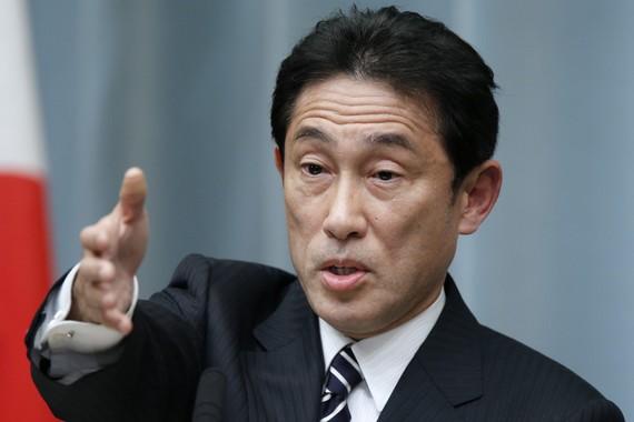 日外相称安倍内阁承认侵略 或欲缓和对华关系