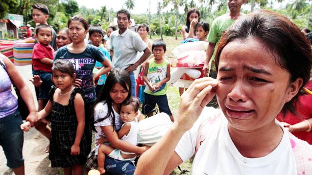 社评:中国应向菲律宾提出派军舰救援