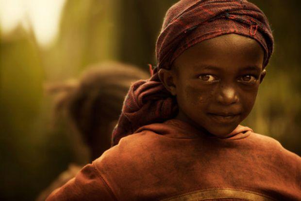 纪实摄影:奥莫河谷美丽的部落
