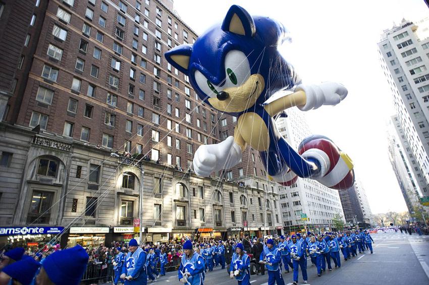 卡通 梅西/纽约巨型卡通气球亮相感恩节游行(2/27)
