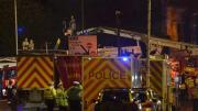 英警用直升机酒吧坠毁多人受伤