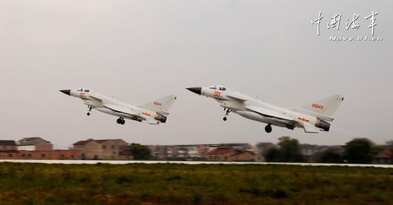 中国机长:飞临日防空识别区时不需单独报告