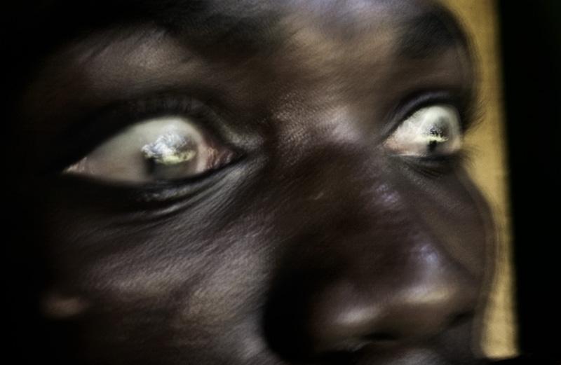 纪实摄影:非洲的疯人院