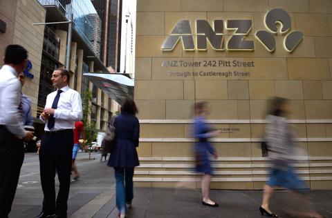 澳大利亚各大银行乱收费引众怒 18万人欲诉讼