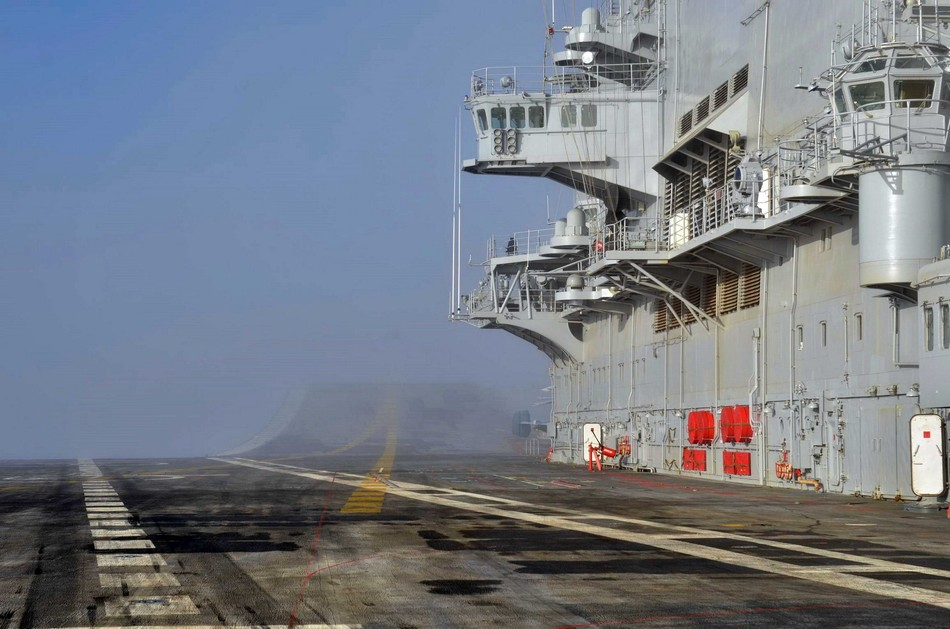 印度维克拉玛蒂亚号_印度二手航母抵达印度洋海域_军事_环球网
