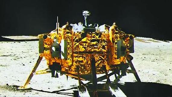 中国完美登月令世界赞叹 航天大国步伐更坚实