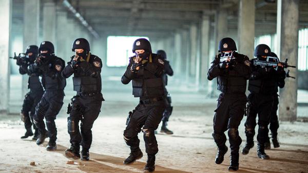 社评:发动新疆各族群众打反恐人民战争