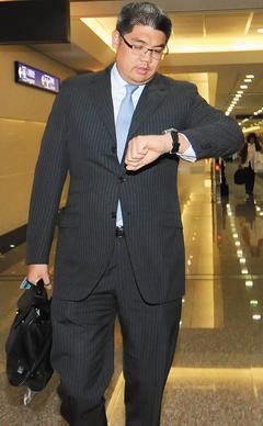 台媒:连胜文参选台北市长的最大敌人是谁?
