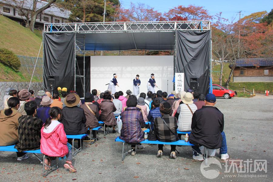福岛县二本松市热闹的菊人偶展