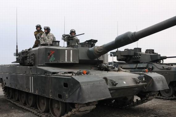 外媒:日臣服美国因战败 但不能容忍屈服中国