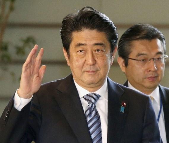 韩舆论:安倍对邻国很狂妄 跟疯狂朝鲜差不多