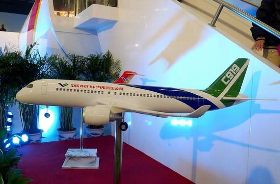 英媒:中国押注国产大飞机 安全性能或存问题