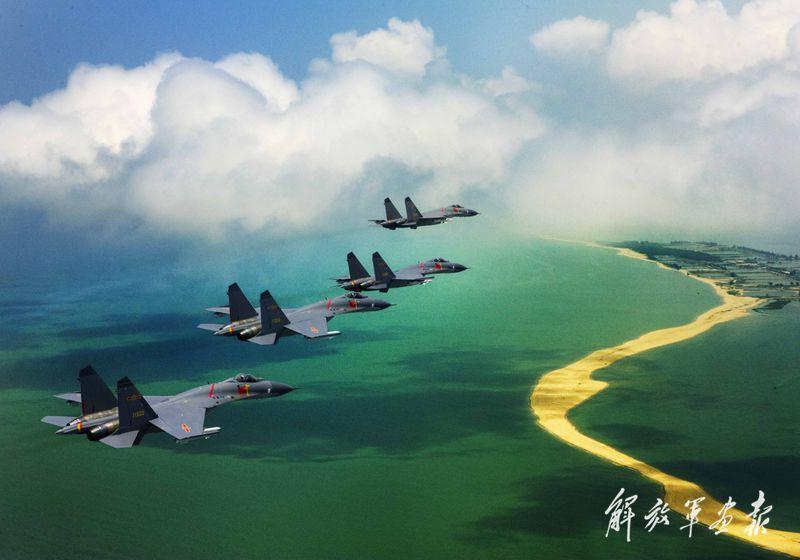 中国空军歼11机群横扫海空美图【组图】 - 春华秋实 - 开心快乐每一天--春华秋实