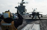 """美军航母上突然刮来一""""阵风"""""""