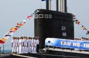 越南欢庆首艘基洛级潜艇入列