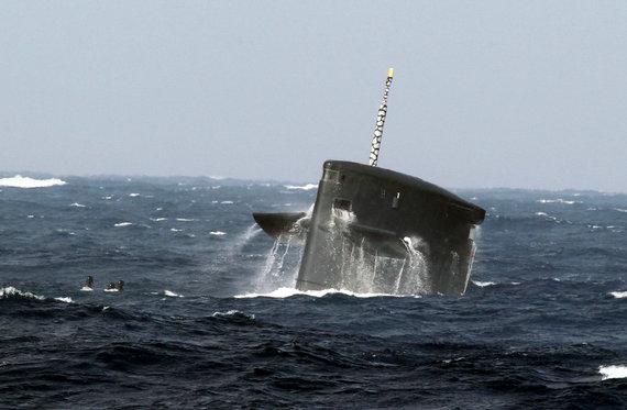 专家:中国需要航母在东海南海震慑二等国家