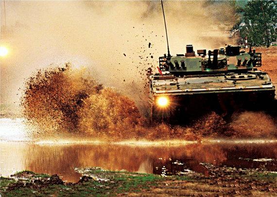 韩媒:中国最新99改坦克首公开 不怕战力外泄