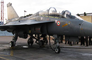 印度正加紧测试海军版LCA战机