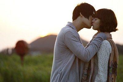 通过男人吻你的方式 判断他对你的爱