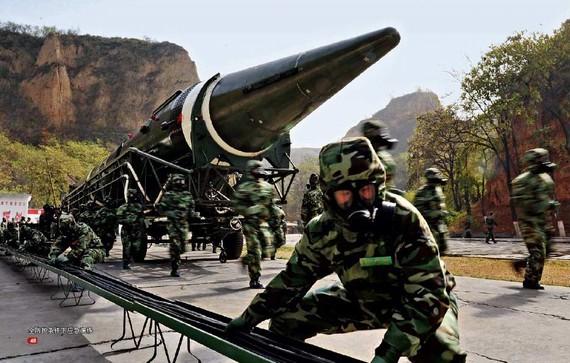日专家:日中随时可能爆发小规模的武装冲突
